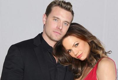 Jason (Billy Miller) and Elizabeth (Rebecca Herbst)